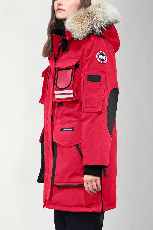 Nike womens jacket canada