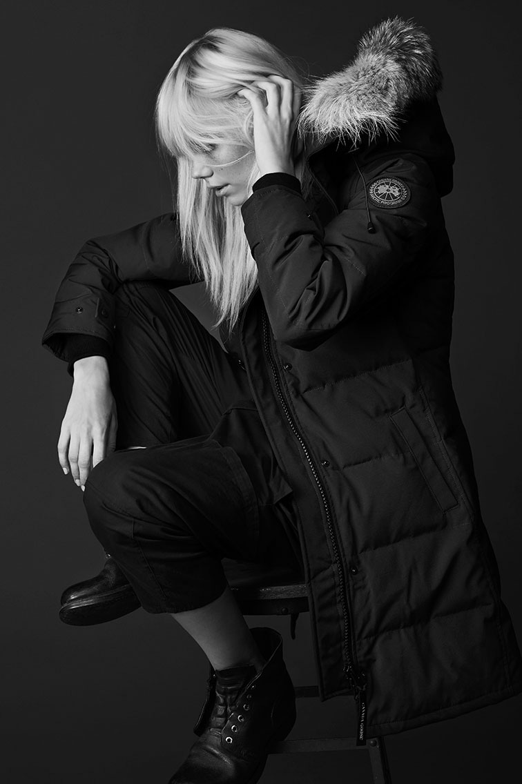 canada goose black logo difference